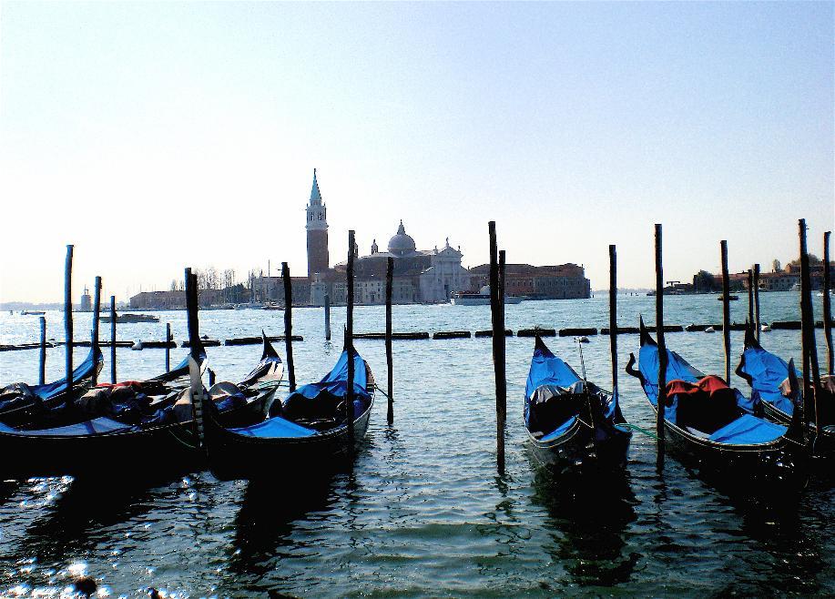 Waiting. Venice, Italy